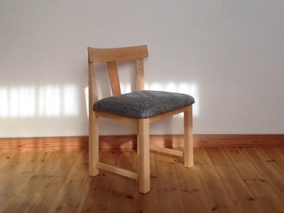 もいろみ椅子2-2